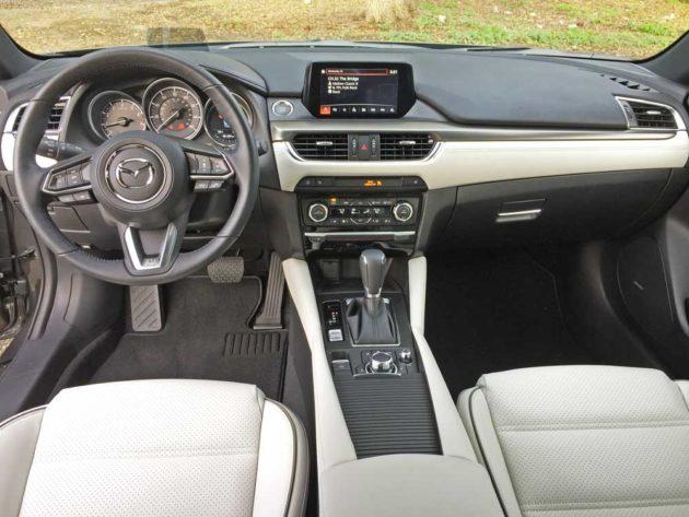 Mazda6i-GT-Dsh