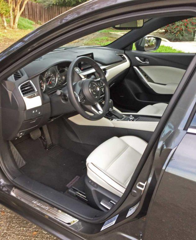 Mazda6i-GT-Int