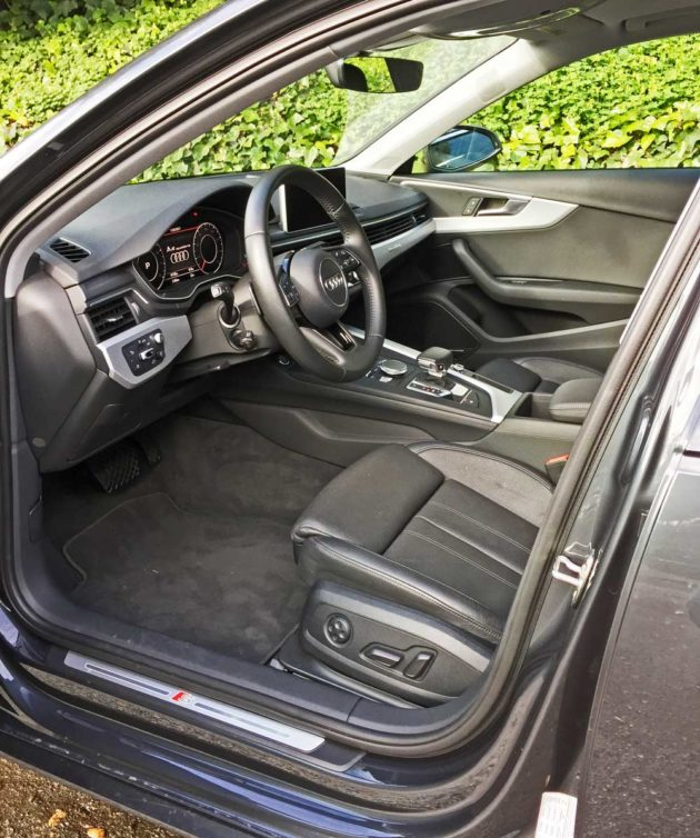 Audi-A4-2.0T-Int