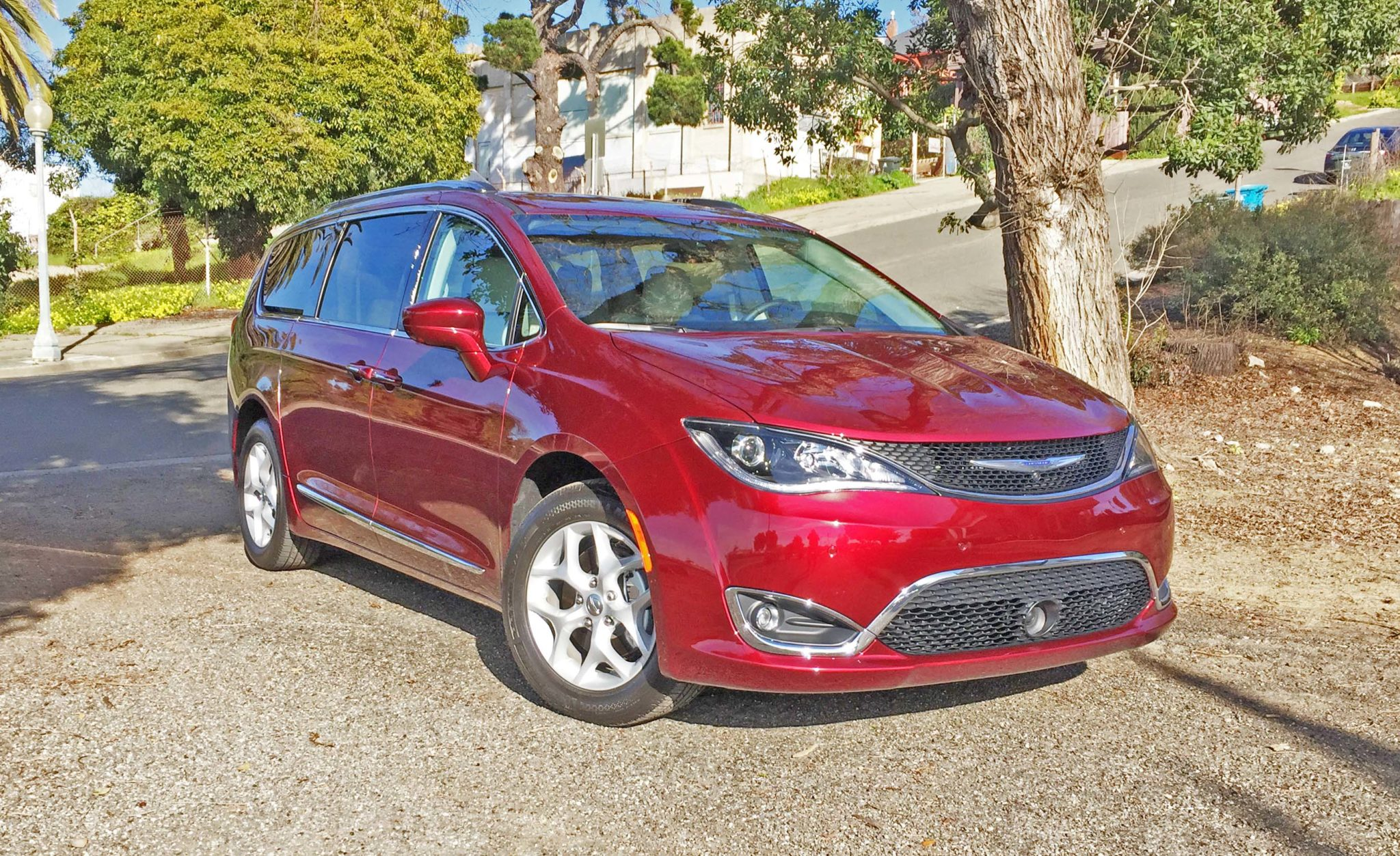 Chrysler Pacifica Trg L+ LSF