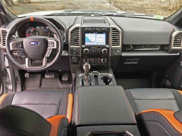 Ford-F-150-Raptor-Dsh