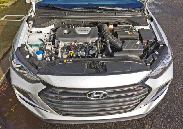 Hyundai-Elantra-Sport-Eng