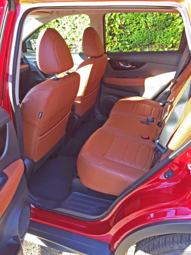 Nissan-Rogue-SL-AWD-RInt
