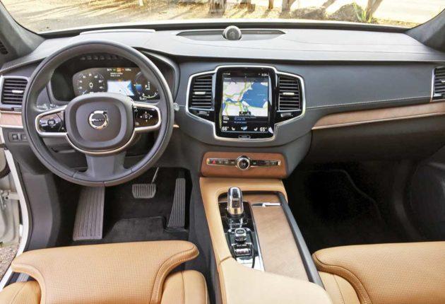 Volvo-XC90-T8-Dsh