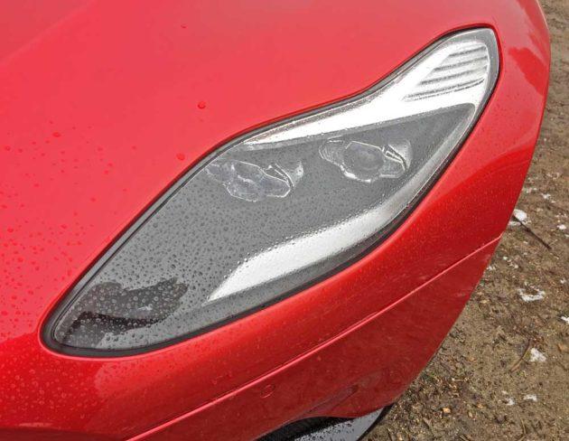 Aston-Martin-DB11-Hdlt