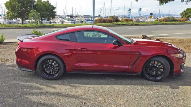 Ford-Mustang-GT350-RSD