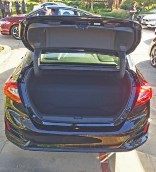 Honda Clarity Fuel Cell Trnk