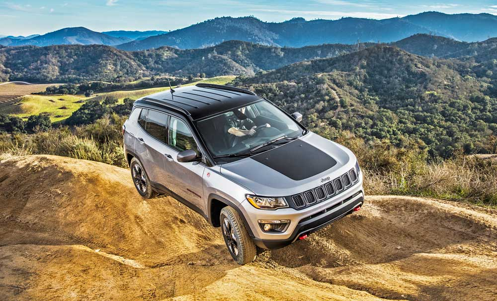 2017 jeep compass trailhawk 4 4 test drive our auto expert. Black Bedroom Furniture Sets. Home Design Ideas