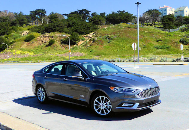 2017 Ford Fusion Energi Test Drive