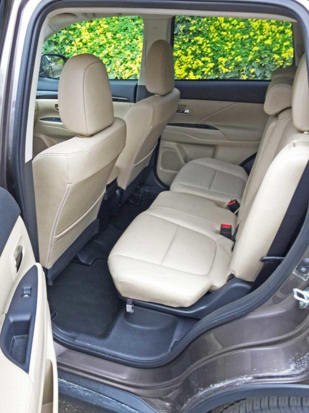 Mitsubishi-Outlander-GT-RInt