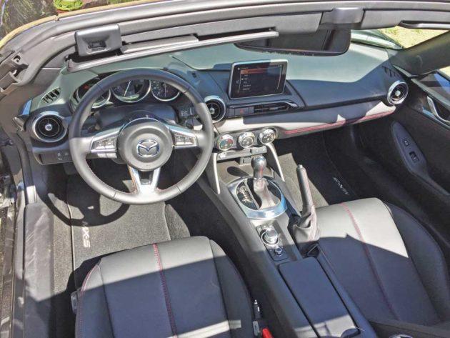 Mazda-Miata-RF-Dsh