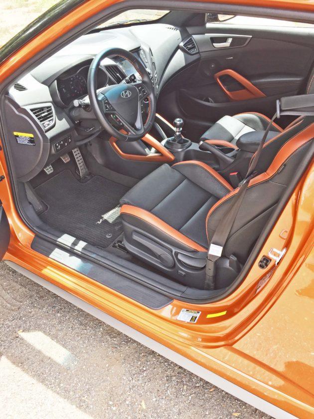 Hyundai Veloster Turbo Int