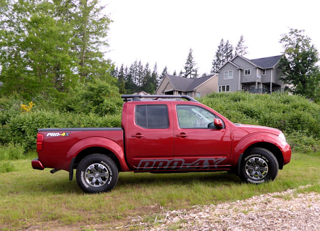 Built On A Full Length Fully Boxed Ladder Frame The Frontier Is Rugged From Ground Up Pro 4x Ed By 261 Hp 4 0 Liter Dohc V6 Engine