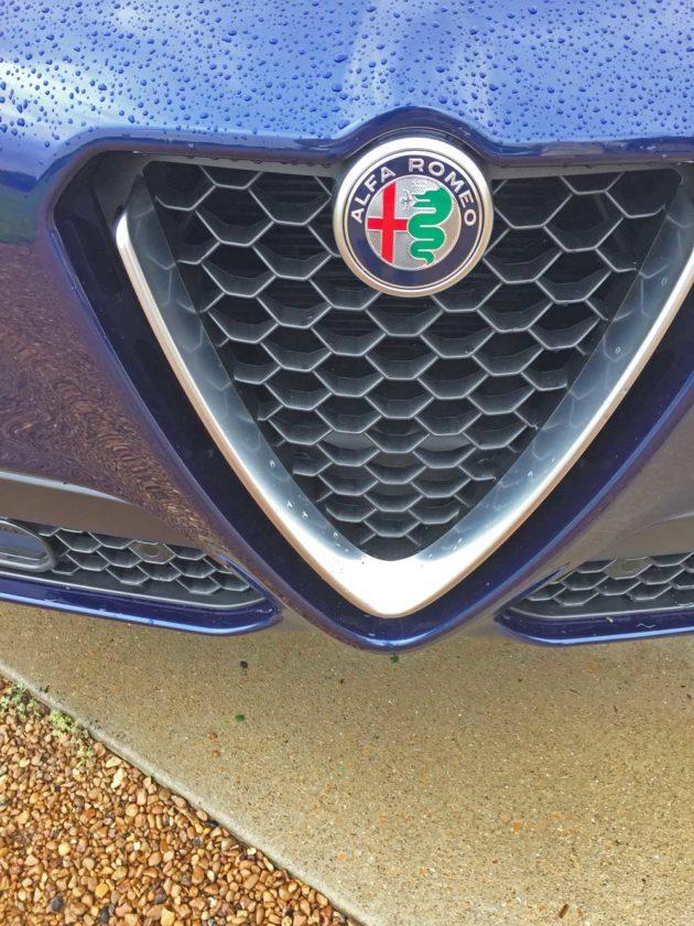 Alfa-Romeo-Stelvio-Sport-Grl