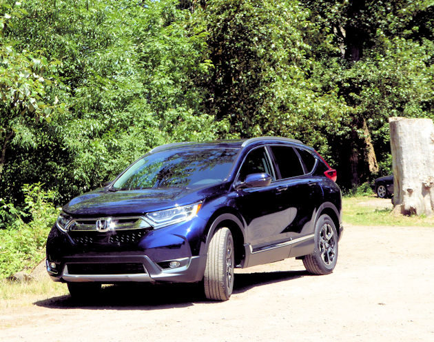 2017 honda cr v test drive our auto expert. Black Bedroom Furniture Sets. Home Design Ideas