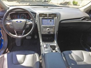 Ford-Fusion-Hybrid--Dsh