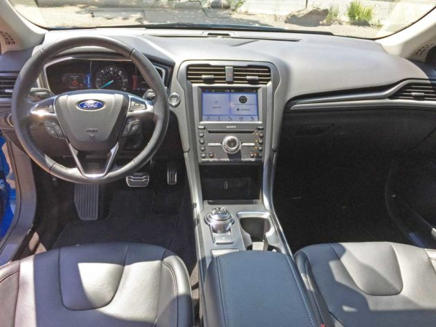 Ford-Fusion-Hybrid--Dsh