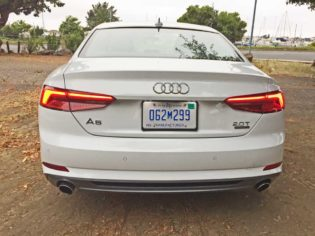 Audi-A5-Coupe-Tail