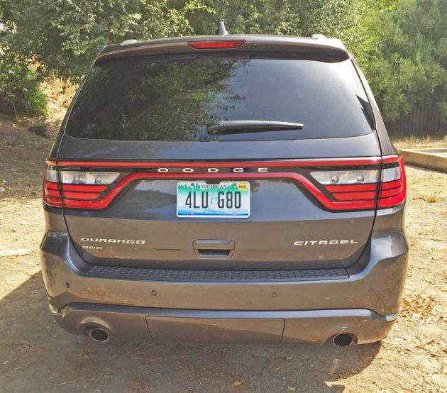 Dodge-Durango-Tail
