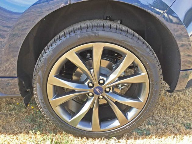 Ford-Edge-Sport-Whl