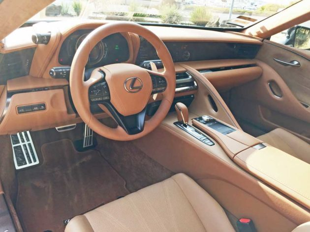 Lexus-LC-500h-Cpe-Dsh
