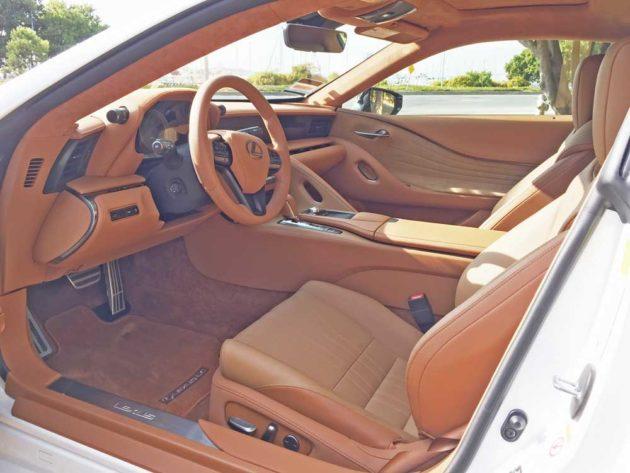 Lexus-LC-500h-Cpe-Int