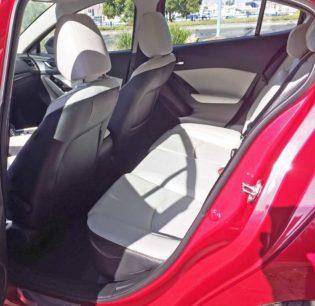 Mazda3-GT-5-Dr-RInt
