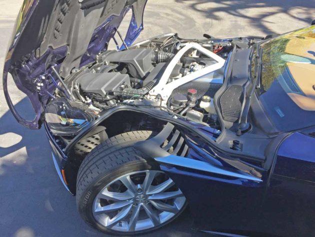 Aston-Martin-DB11-V8-Eng