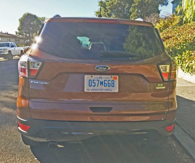 Ford-Escape-SE-Tail