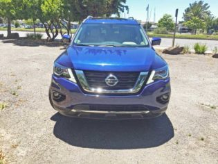 Nissan-Pathfinder-Nose
