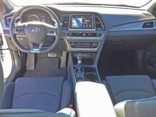 Hyundai-Sonata-2.0T-Dsh