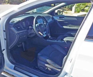 Hyundai-Sonata-2.0T-Int