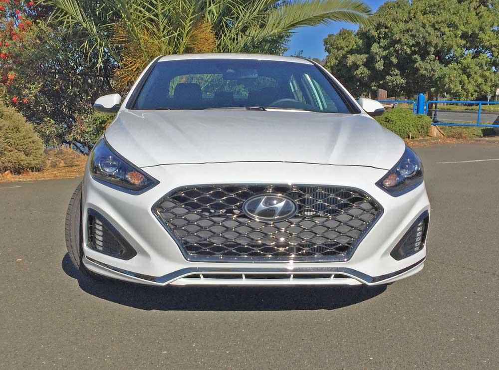 Hyundai-Sonata-2.0T-Nose