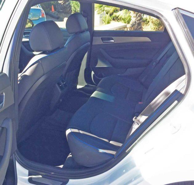 Hyundai-Sonata-2.0T-RInt
