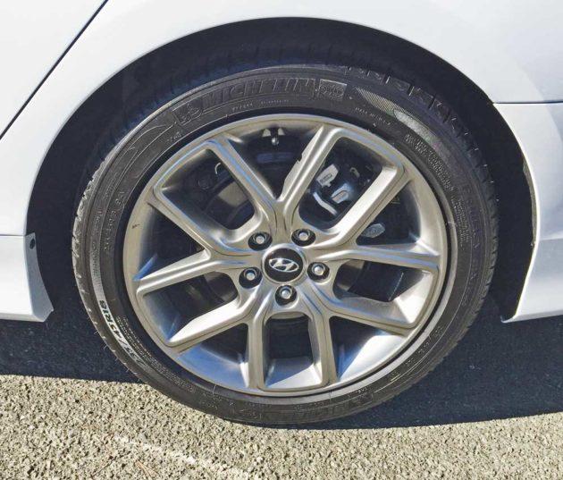 Hyundai-Sonata-2.0T-Whl