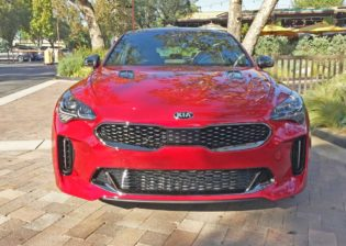 Kia-Stinger-GT2-Nose