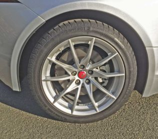 Jaguar-F-Type-Whl