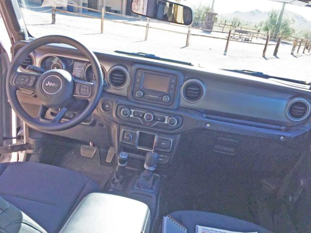 Jeep-Wrangler-Dsh