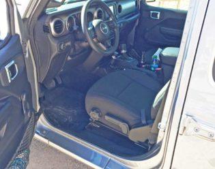 Jeep-Wrangler-Int