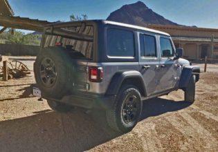 Jeep-Wrangler-RSR