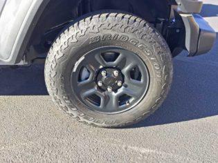 Jeep-Wrangler-Whl