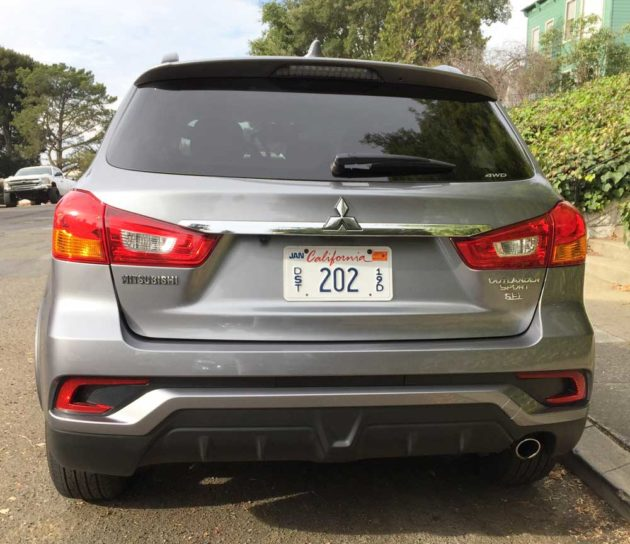 Mitsubishi-Outlander-Sport-Tail