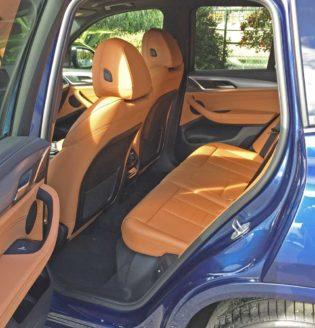 BMW-X3-M40i-RInt