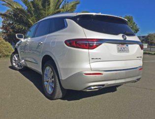 Buick-Enclave-LSR