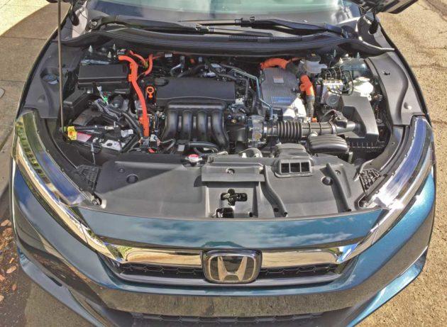 Honda-Clarity-Plug-In-Hybrid-Eng