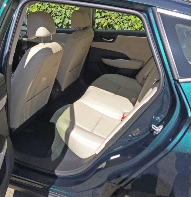 Honda-Clarity-Plug-In-Hybrid-RInt