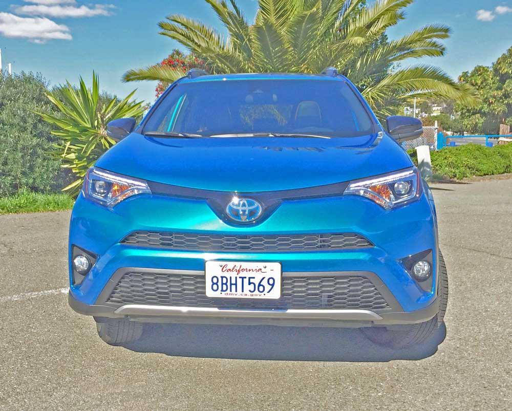 Toyota-RAV4-Hybrid-Nose