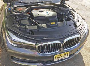 BMW-740e-xDrive-Eng