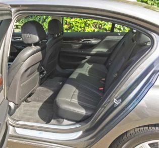 BMW-740e-xDrive-RInt