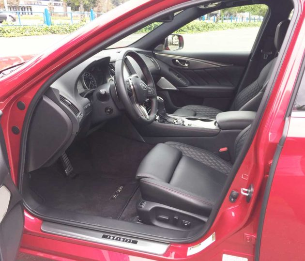 Infiniti-Q50-Red-Sport-400-Int